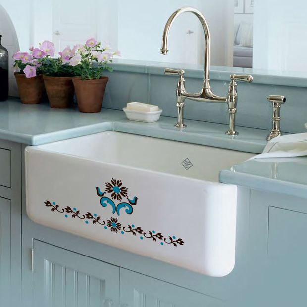 Bathroom decals on kitchen sink. Norwegian Rosemaling. Sinkadood